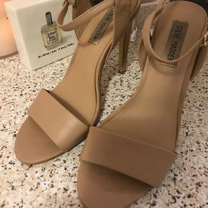 Nude Stiletto 4.5 in Steve Madden Heels